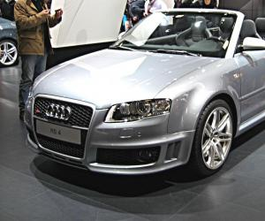 Audi Rs4 Cabriolet Photo 4