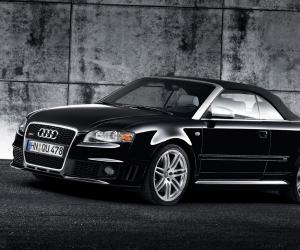 Audi RS4 Cabriolet photo 7