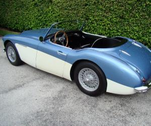Austin-Healey BT7 photo 9