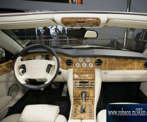 Bentley Azure photo 6