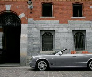 Bentley Azure photo 9