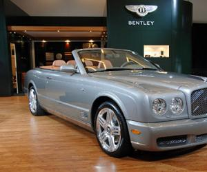 Bentley Azure photo 14