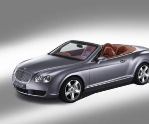Bentley Continental GTC photo 1