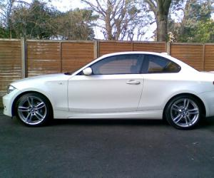 BMW 135i Coupé photo 1
