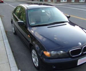 BMW 325xi photo 7