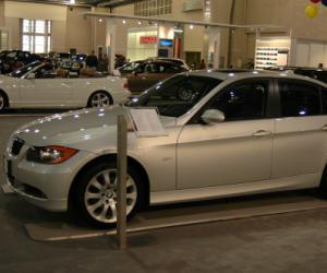 BMW 325xi photo 8