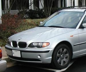 BMW 325xi photo 11