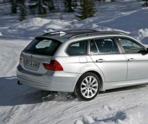 BMW 325xi photo 14