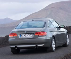 BMW 335i Coupé photo 4