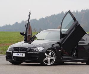 BMW 3 Series photo 4