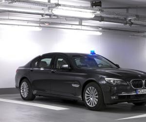 BMW 760Li High Security photo 2