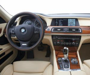 BMW 7er Edition Exclusive photo 6