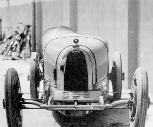 Bugatti T35 photo 11