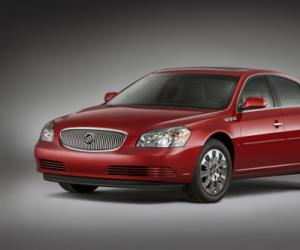 Buick Lucerne photo 13