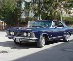 Buick Riviera photo 1