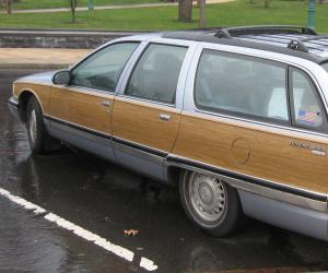 Buick Roadmaster photo 1