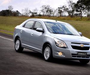 Chevrolet Cobalt photo 3