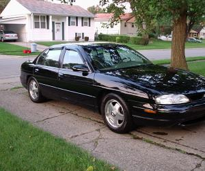 Chevrolet Lumina photo 1
