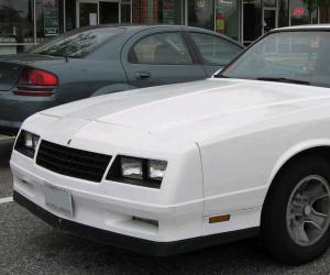Chevrolet Monte Carlo SS photo 2