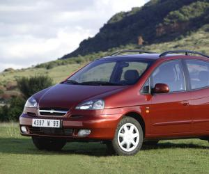 Chevrolet Rezzo photo 4