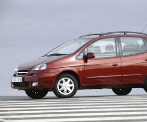 Chevrolet Rezzo photo 10