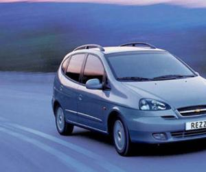 Chevrolet Rezzo photo 13