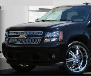 Chevrolet Tahoe photo 3