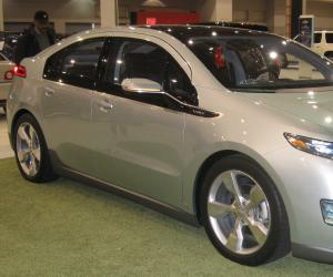 Chevrolet Volt photo 3
