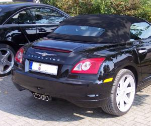 Chrysler Crossfire photo 3