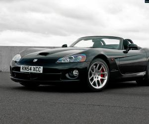 Chrysler Viper photo 1