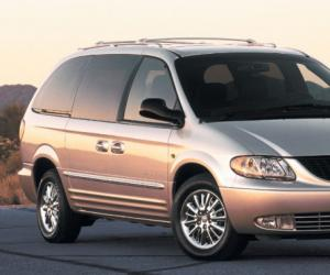 Chrysler Voyager photo 3
