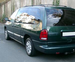 Chrysler Voyager photo 4