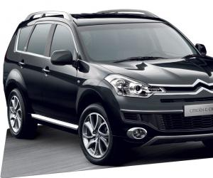 Citroen C-Crosser photo 1