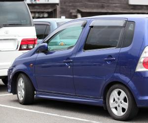 DAIHATSU YRV EDITION 25 photo 7