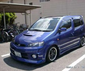 DAIHATSU YRV EDITION 25 photo 14