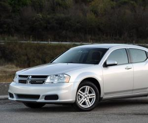 Dodge Avenger photo 8
