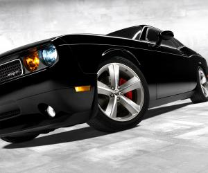 Dodge Challenger photo 7