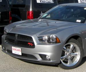 Dodge Charger photo 5