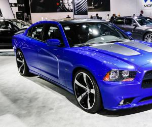 Dodge Charger photo 11