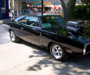 Dodge Charger photo 12