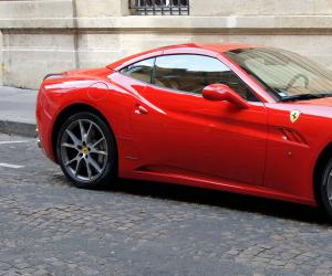 Ferrari California photo 3