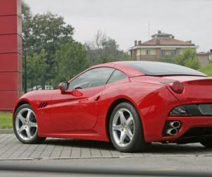 Ferrari California photo 8