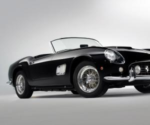 Ferrari California photo 11