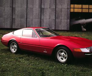 Ferrari Daytona photo 1