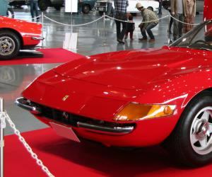 Ferrari Daytona photo 3