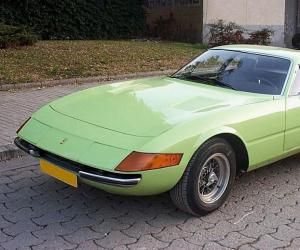 Ferrari Daytona photo 12