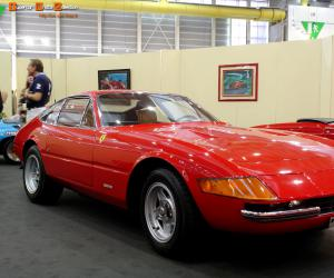 Ferrari Daytona photo 13