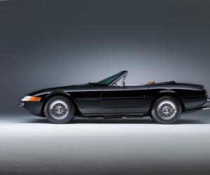 Ferrari Daytona photo 15