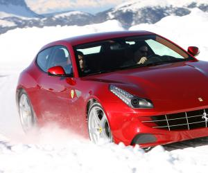 Ferrari FF photo 2
