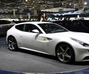 Ferrari FF photo 3